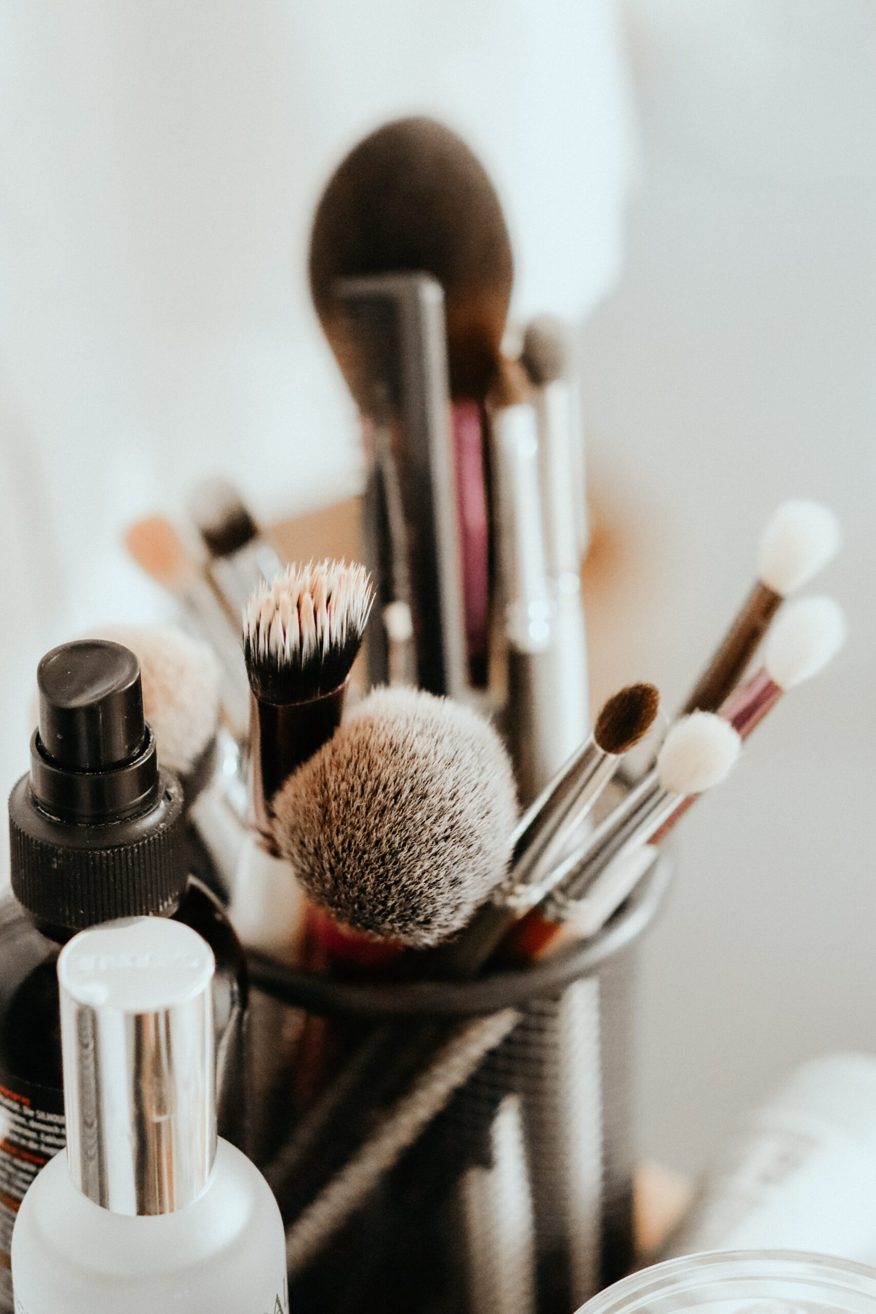 Make up brushes, eyeshadow brushes and make up accessories